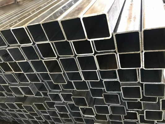 Square Rectangular Seamless Steel Pipe Material Grade ASTM A 500 Grade A Of Size 40x40x3mm