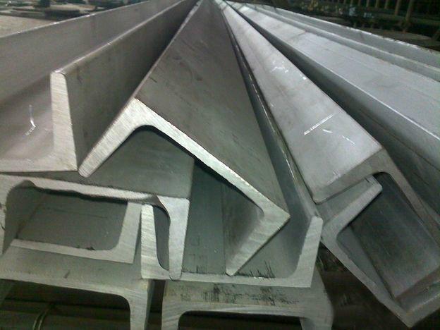 surface polie lumineuse d 39 acier inoxydable de barres en u lamin s chaud du profil en u 316l. Black Bedroom Furniture Sets. Home Design Ideas