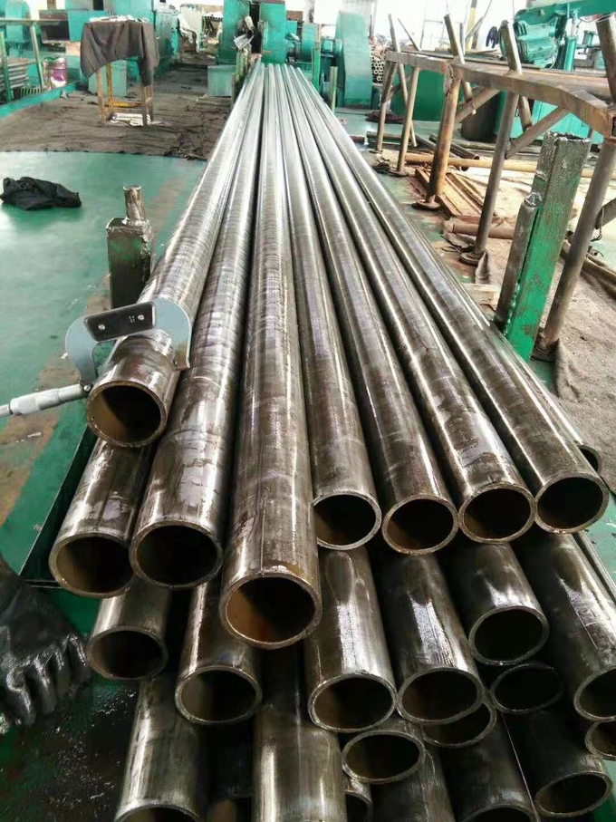 Cold Drawn Seamless Steel Pipe Precision Carbon Steel Tube DIN2391 EN10305 ST37 ST52