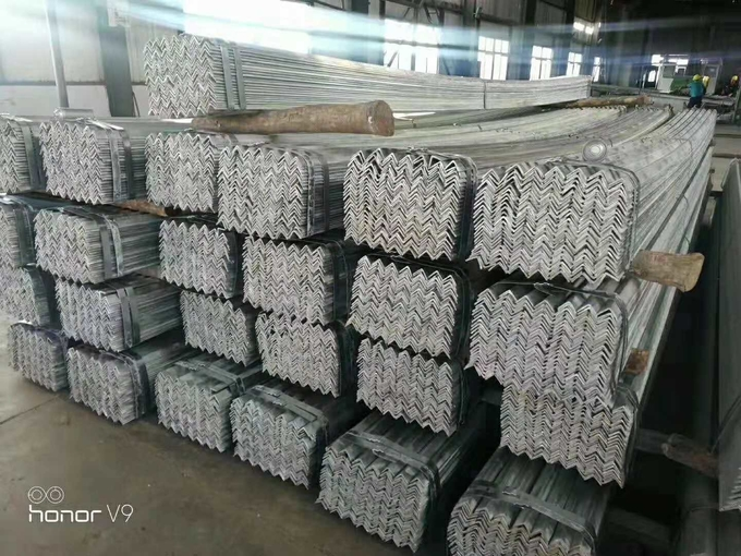 Structural Steel Sections Galvanized Steel Equal Angle Hot Rolled For Strengthening Tower