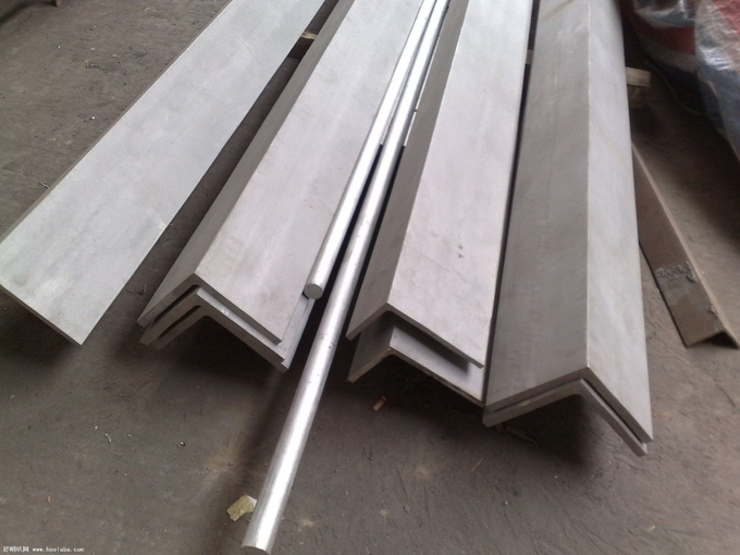 6m Grade 304 Stainless Steel Angle Bar Polished Peeled Grinding